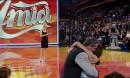 Daniela Stradaioli abbraccia Steve