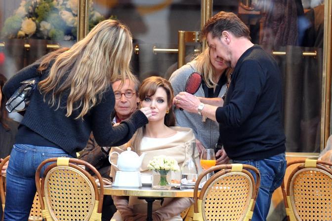 Angelina Jolie e Johnny Depp! Nuovissime foto dal set di The Tourist