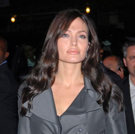 Angelina Jolie, una splendida mamma!