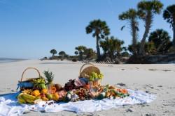 Tanta frutta per un pic nic in spiaggia