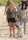 Vincent rimane con Shannon dopo che Walt, Michael, Sawyer e Jin lasciano l'isola sulla zattera