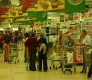 clienti al centro commerciale