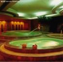In Cina le sale da bagno pubbliche sono luoghi di incontro dove rilassarsi in famiglia o fra amici