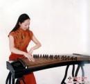 Alcune immagini di suonatrici di guzheng