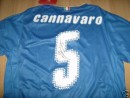 L'autografo sulla maglia di Fabio Cannavaro all'asta per beneficenza