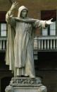Savonarola Ferrara-simboli del pensiero radicale e laico
