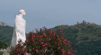 Statua di San Tommaso a Roccasecca