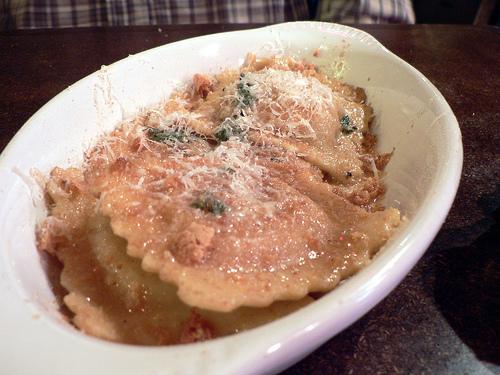ravioli con crema di castagne