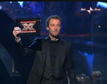 Francesco Facchinetti conduce X Factor 3