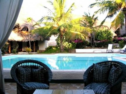 piscina dalla veranda