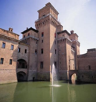 Castello Estense photo di Ferrara artisti