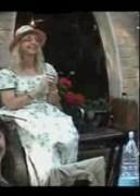 La poetessa Sylvia Forty
