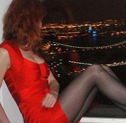 Anna Chapman. L'avvenente spia russa, divorziata da un cittadino statunitense, ha 28 anni ed ha un master in economia