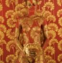 L'arte della fotografia associata al body painting per ricercate immagini illusorie, un unicum di corpi e lo sfondi
