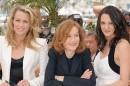 Cannes: in passerella sfila la giuria