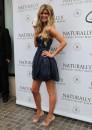 Marisa Miller, la donna più sexy del mondo del 2010!