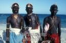 ragazzi Maasai nella spiaggia di Mombasa