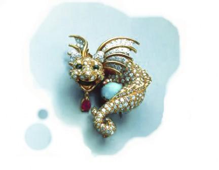 Donald Claflin - Spilla in platino, oro, turchese, diamandi, smeraldi, rubino_1967