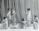 Isadora Duncan_Gruppo di ragazze in peplo