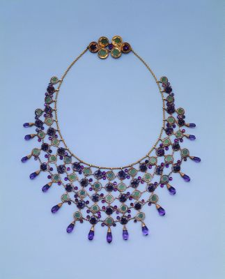 Louis Comfort Tiffany - Collana in oro, ametista e nephrite_1906