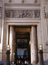 7 - Stazione Centrale - Vecchia Biglietteria_Rilevo con il Ratto delle Sabine (A_Bazzoni) e colonne in finto marmo rosa