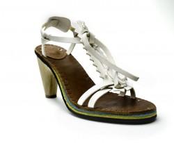 Sandali colorati per camper - L ufficiale giudiziario puo aprire gli armadi ...