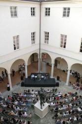 Il cortile della Casa della Musica di Parma