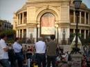 Lezione in piazza Ruggero Settimo davanti al Politeama Garibaldi