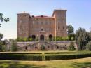 La facciata del Castello dal lato dei giardini