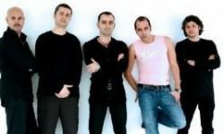 """""""Checco Zalone e la sua band"""""""