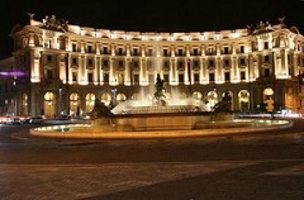 Piazza della Repubblica e Fontana delle Naiadi
