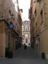 Una strada interna di Frascati
