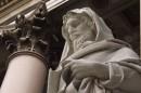 Particolare della statua di San Paolo