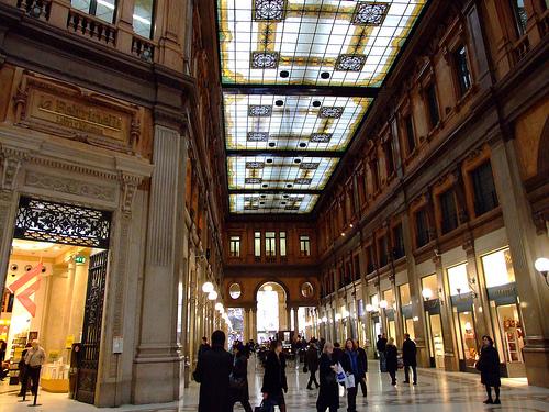 Negozi nella Galleria Alberto Sordi