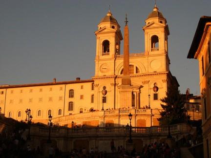 Chiesa di Trinita' dei Monti al tramonto