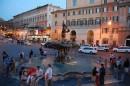 Sera di primavera in Piazza Barberini