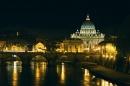 San Pietro visto dal Tevere al tramonto