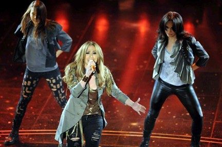 Jennifer Lopez dà spettacolo a Sanremo