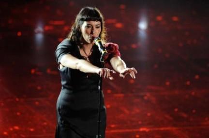 Nina Zilli canta Sempre lontano a Sanremo 2010: la cantante piacentina sar� anche al Festival 2011