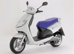 http://www.greenme.it/muoversi/trasporti/1289-e-vivacity-peugeot-ripropone-lo-scooter-elettrico