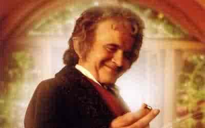 Tutte le foto di Bilbo Baggins e dell'attore che lo interpreta, Ian Holm