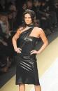 Belen Rodriguez, Manuela Arcuri e Ilary Blasi a Milano Moda