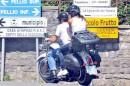 Canalis Clooney: Fuga in Moto