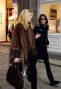 Elisabetta Canalis e Federica Fontana a far shopping per le vie di Milano