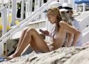 Jessica Alba Relax a Malibu