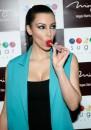 Kim Kardashian ed il lecca lecca sexy