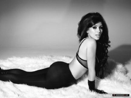 Kim Kardashian ha il corpo piu' bello del pianeta