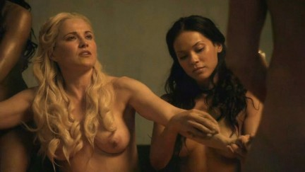Lucy Lawless scandolosa in Spartacus