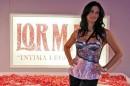 Manuela Arcuri fa rivivere la Dolce Vita a Roma