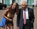 Melita Toniolo versione Wonder Woman alla Borsa di Milano